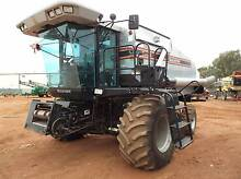 Gleaner R52 Header and Front Griffith Griffith Area Preview