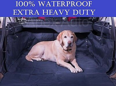 Quilted Boot Liner and Dog Guard to fit Land Rover Discovery 04-10