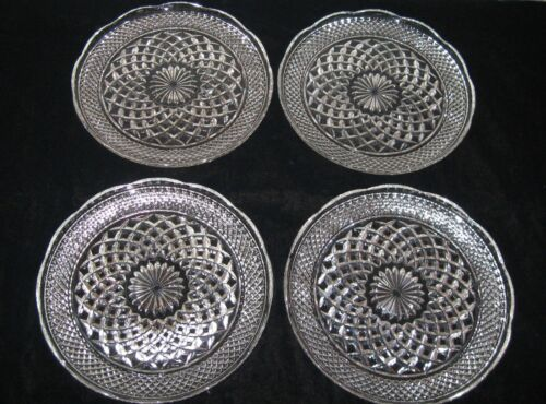 "4 Excellent Anchor Hocking Wexford 9.5"" Scalloped Dinner Plates"
