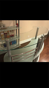 Structube glass bar for sale like new!