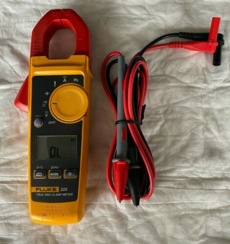Fluke 325 True RMS Clamp Meter with New Leads