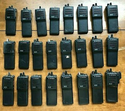 Motorola Mts 2000 H01ucd6pw1bn Two Way Radios - Lot Of 24