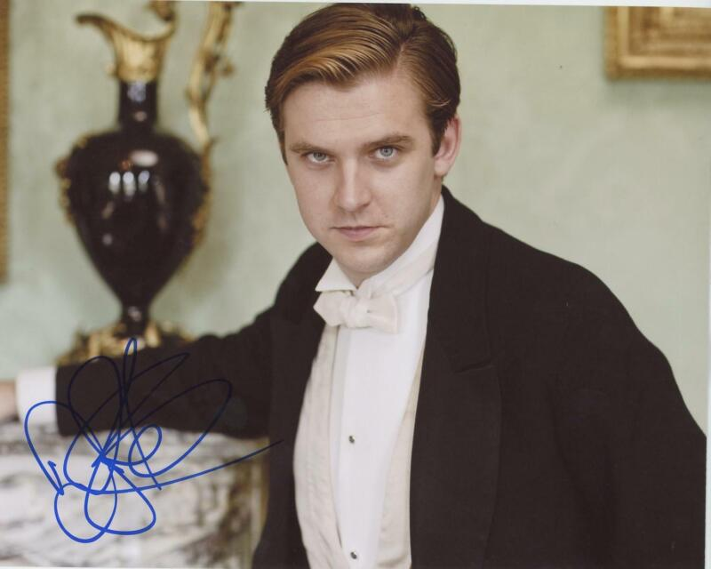 "Dan Stevens ""Downton Abbey"" AUTOGRAPH Signed 8x10 Photo ACOA"