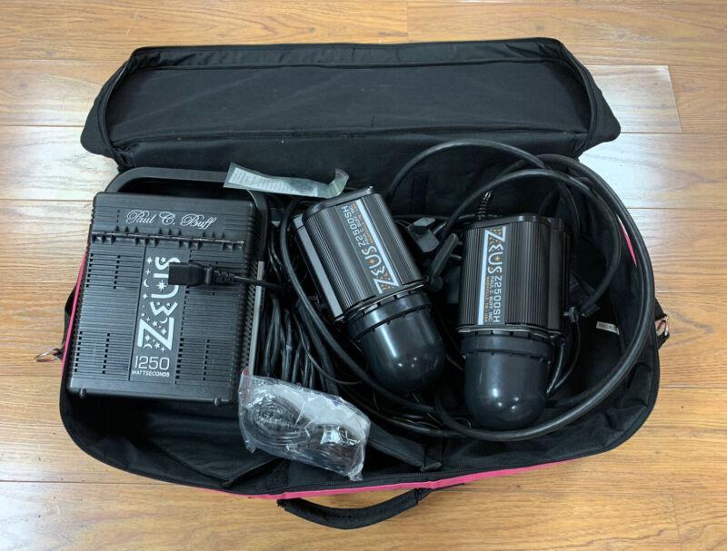 Paul C Buff Zeus Z2500SH two head kit with 1250 watt pack and case