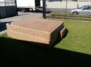 King sized bed Northfield Port Adelaide Area Preview