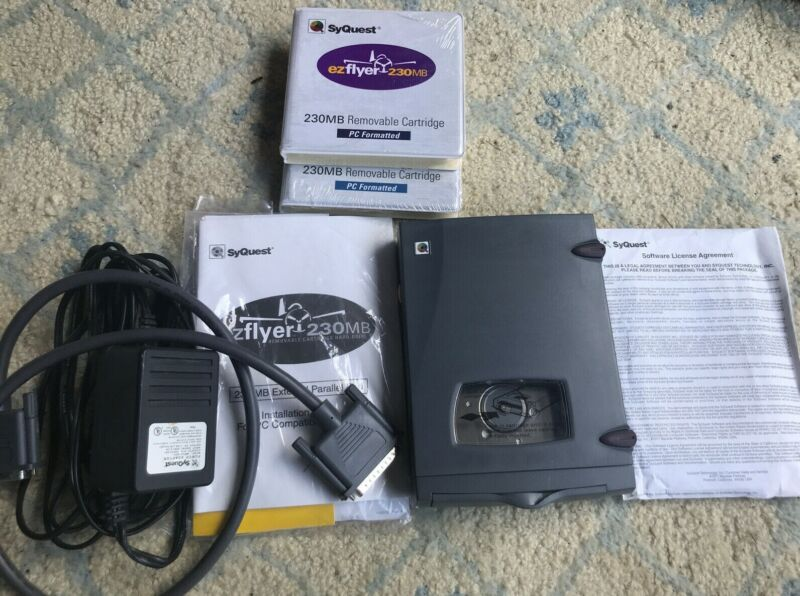 syquest EZFlyer 230MB ez flyer Hard drive - VINTAGE