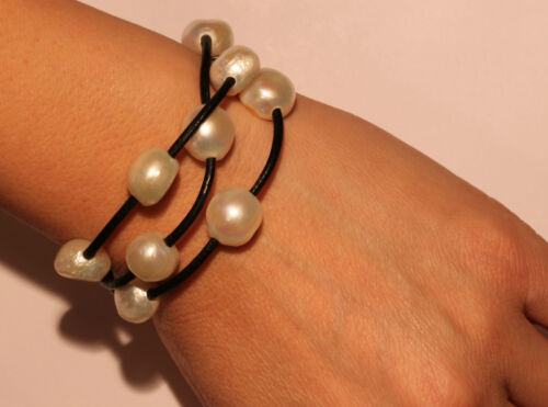 High Quality White Pearls Luster Baroque Pearl Knotted Black Leather Bracelet