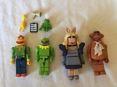 DISNEY Fozzie & Scooter Collectable Figures + KERMIT & MS. PIGGY Mini Mates Lot (Kermit Ms Piggy)