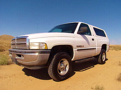 2000 Dodge Ram 1500 SLT Barn Find Survivor 2000 Dodge Ram 1500 SLT Rust Free 4X4 Make Offer