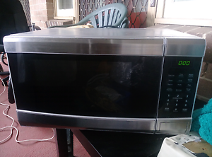 Microwave good condition Daceyville Botany Bay Area Preview