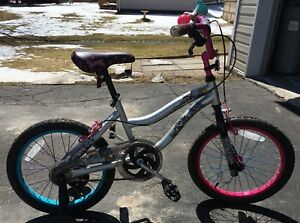 "Girls 16"" Monster High bike"