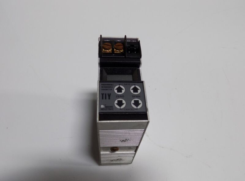 MOORE INDUSTRIES PROGRAMMABLE THERMOCOUPLE TRANSMITTER