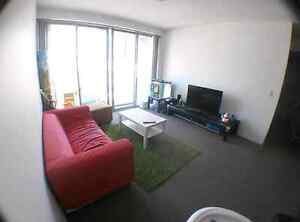 Roomshare - 125/wk - own key - very clean - female - availabe now Haymarket Inner Sydney Preview