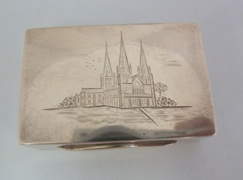 LICHFIELD CATHEDRAL Large VICTORIAN Solid SILVER Engraved VINAIGRETTE Birm 1886