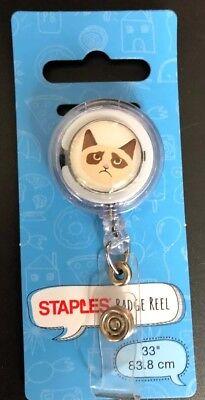 Staples Retractable Id Card Reader Badge Holder Reel Cat 33