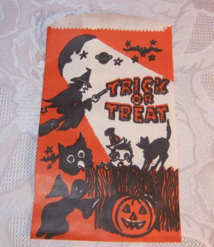 Vintage Halloween Party Trick or Treat Lot of 50 Candy Bags Witch Ghost Owl Cat