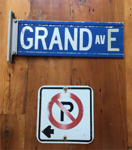 ANTIQUE DEVORATIVE STREET SIGNS FOR HANGING ON THE WALL