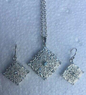 Avon  Rhinestone Filigree Silver Tone Pendant Necklace and earrings Avon Silver Tone Pendant