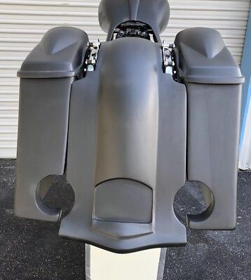 "2009-13 Stretched 6"" Saddlebags and rear Fender With 6.5 sp lids 4 Point Docking"