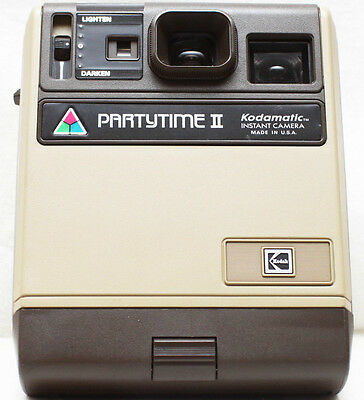 Kodak PartyTime II Kodamatic Instant Film Retro Camera Made In USA