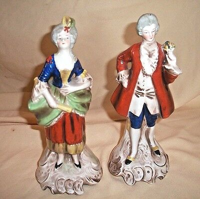 Vintage Goebel Figurines Antique Courting Couple Germany Bee V Double Crown Mark