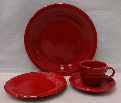 HOMER LAUGHLIN china FIESTA Contemporary SCARLET Red 4-piece Place Setting  (Red 4 Piece Place Setting)