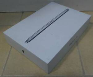 Apple MacBook Pro 13 inch - BOX only
