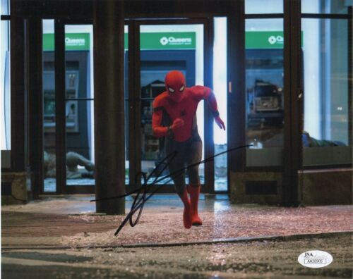 Tom Holland Spiderman Homecoming Autographed Signed 8x10 Photo JSA COA #A6