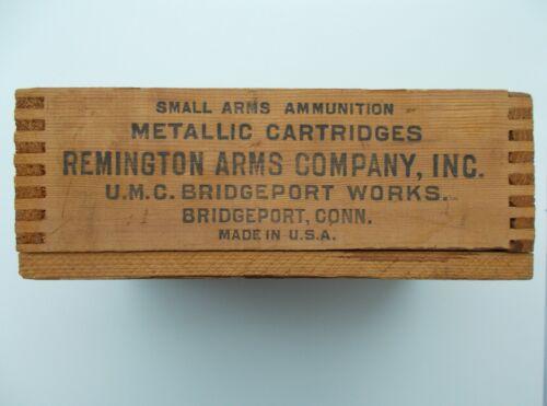 REMINGTON Arms Vintage Small Size Dove Tailed Wooden Box Ammunition Cartridges