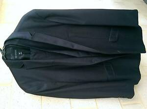 3 piece suit in near perfect condition Beeliar Cockburn Area Preview