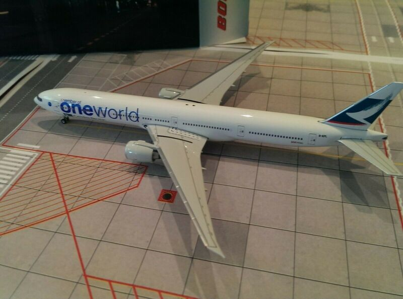 Phoenix Models Cathay Pacific B 777-367ER 1:400 One World Colors B-KPL ** Rare