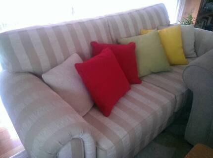 2x Excellent super comfy couches for quick sale! Coburg Moreland Area Preview