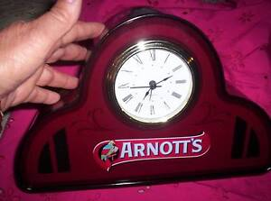 CLOCK ADVERTISING ARNOTTS BISCUITS ADVERTISING COLLECTIBLE TIN Highett Bayside Area Preview