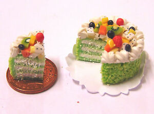 1-12-Sliced-Kiwi-Fruit-Layer-Cake-Dolls-House-Miniature-Kitchen-Accessory-SC26