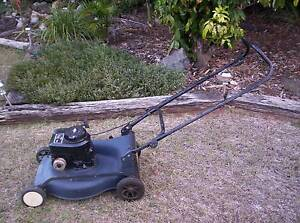 4 stroke  Lawnmower,  GMC model  with no  catcher Gracemere Rockhampton City Preview