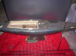 YACHT TOY REPLICA OF ALAN BONDS YACHT THE YEAR HE WON THE RACE Highett Bayside Area Preview