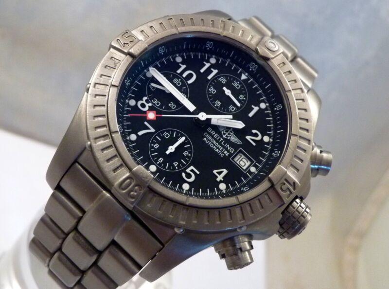 Breitling Titanium Chrono Avenger Black Automatic Pro I Bracelet Watch E13360 - watch picture 1