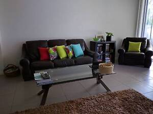 Two unfurnished double bedrooms with own bathroom Wakerley Brisbane South East Preview