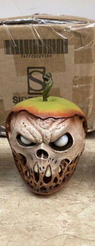 Sideshow Court of The Dead Prop Apple: 1st Original Version