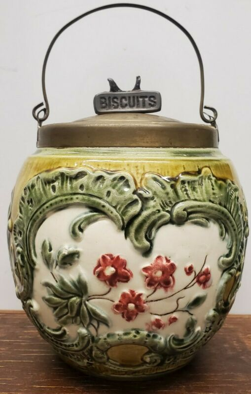 English Majolica Biscuit Jar With Wire Handle 1900s