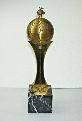 World cup 1982 official trophy