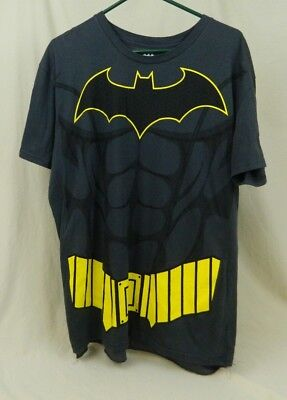 Mens Stamped Bat Man T Shirt With Cape Size Extra Large Costume - Extra Large Mens Halloween Costumes