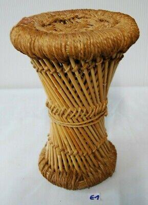 E1 Ancien petit tabouret en rotin - bambou - objet ethnique