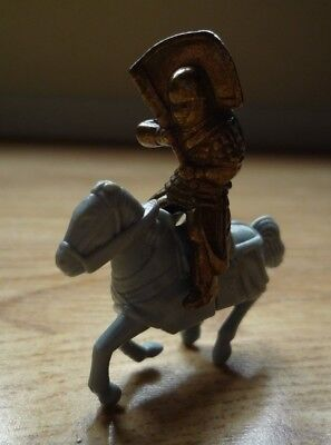 Metal Knight and Plastic Horse Flag Holder Medieval Crusaders Figure Display Toy