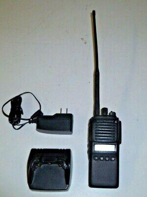 Vertex Standard Vx-p924-d0-5 136-174 Mhz P25 Vhf Two Way Radio W Charger Vx-p924