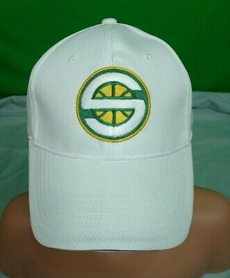 Vintage New Stadium Giveaway NBA Seattle Supersonics White Hat USA Flag L/XL