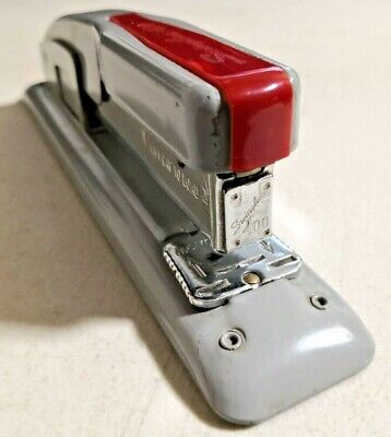 Vintage Swingline 400 Red Stapler In Excellent Working Condition -- 3968