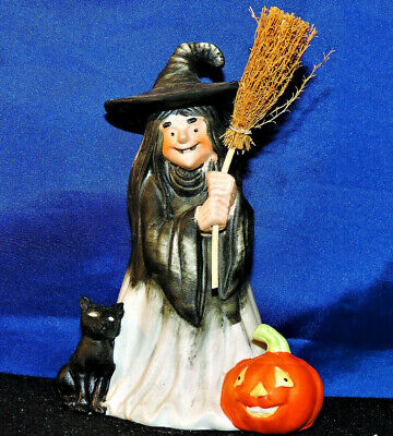 "1985 UCGC Ceramic Halloween Witch & Black Cat With Broom & Pumpkin 5"""