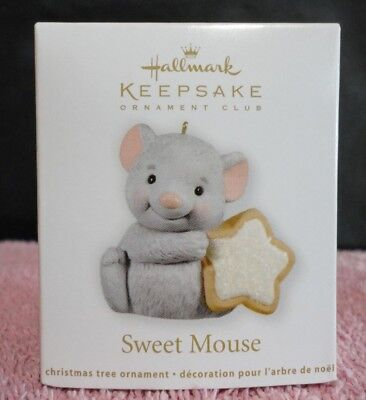 2012 HALLMARK KEEPSAKE CHRISTMAS TREE ORNAMENT SWEET MOUSE NEW IN BOX