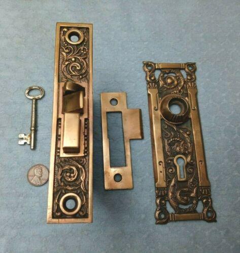RHC Columbian Lock Door Plate w/key